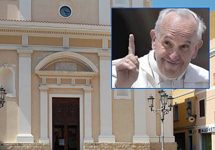 FOTO450_papa_francesco_chiesa