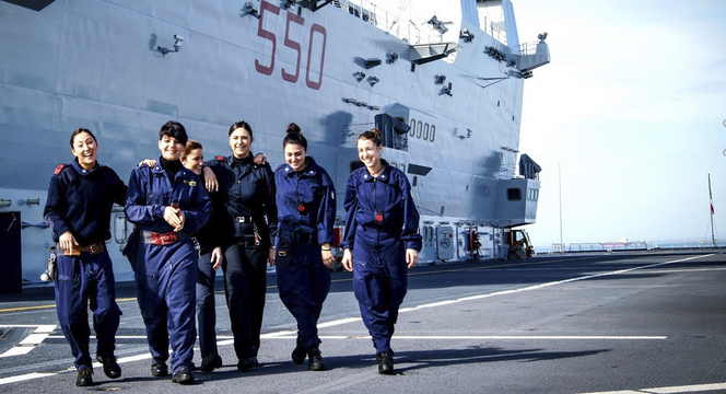 Calendario Marina Militare 2019.Presentazione Del Calendario Della Marina Guardiavecchia