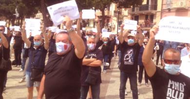 La Maddalena, Flash Mob per l'Ospedale. La Rabbia dei cittadini contro la politica